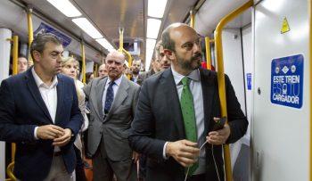 Metro Madrid cargadores mobil 2016·02